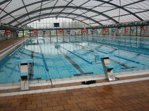 Piscinas publicas otro piscinas publicas roca gallery en for Piscinas municipales barcelona